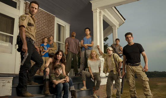 TWD-S2-Studio-Cast-560