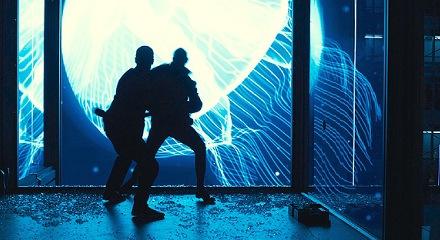 bond-patrice-fight-skyfall_zps68c6498c